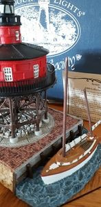 COLLLECTORS SOCIETY Limited Edition Lighthouse